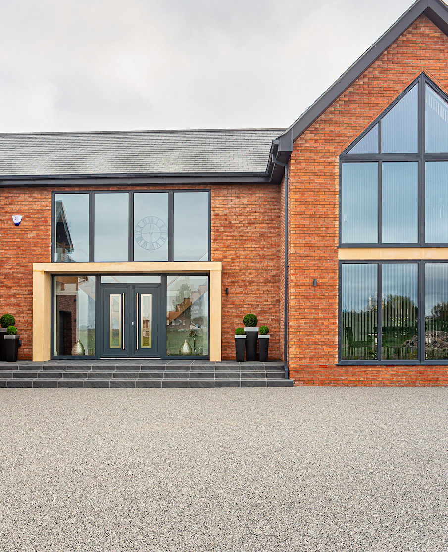 Vuba Resin Bound Specified at Beautiful New Build Site - Case Study!