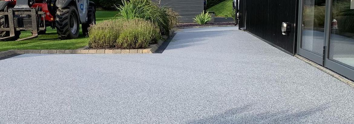 Contractor Resin Bound